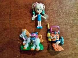 Muñeca con sus acessorios