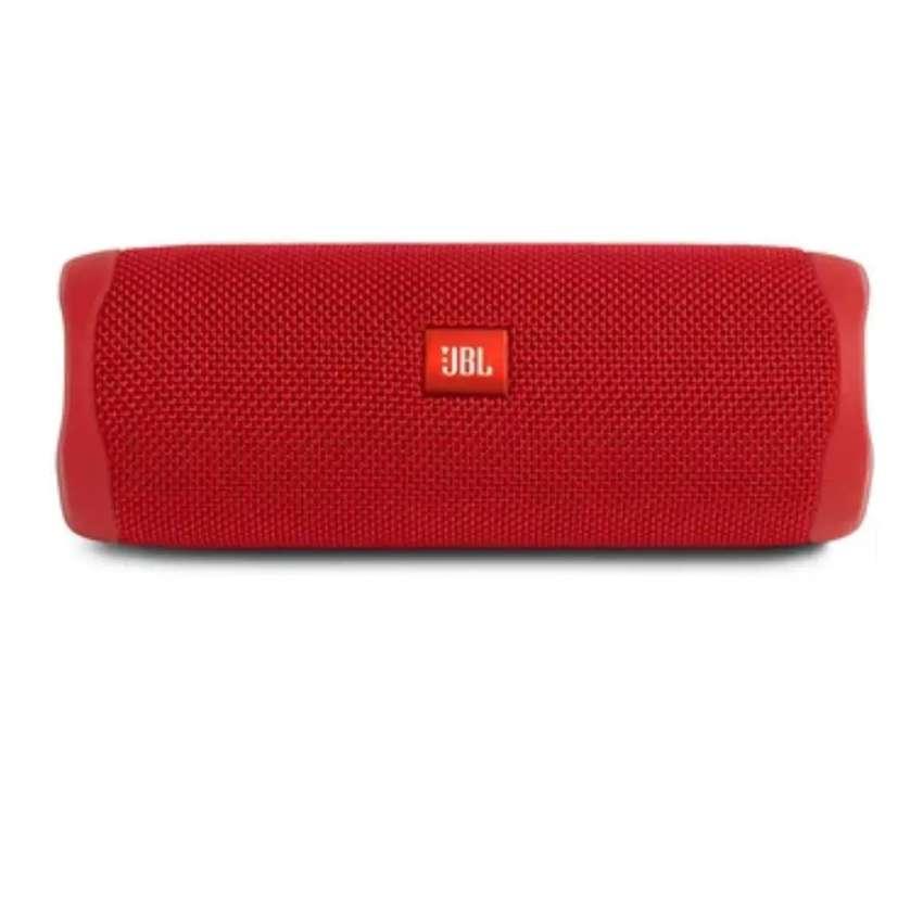 Parlante Bluetooth Portatil Jbl Flip 5 Waterproof Ipx7 -rojo