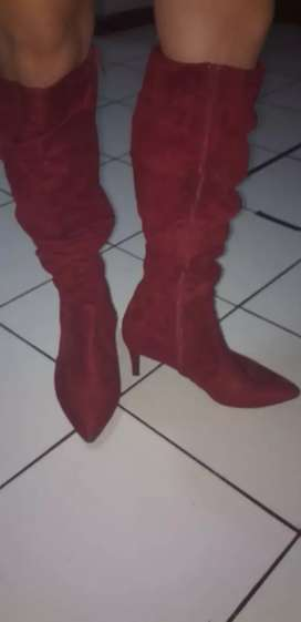 Botas gamuzadas talla 39