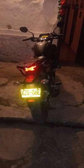 Vendo permuto moto cb 160 2019