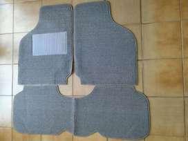 Cubre alfombra Fiat 128 bouclé gris completo 3 piezas