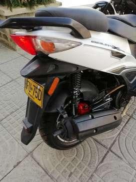 Vendo moto solo personas interesadas