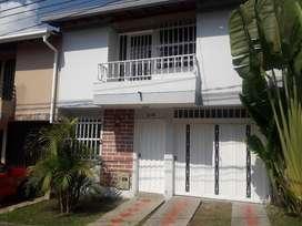 CASA PARA ARRIENDO EN RIONEGRO, SECTOR CLINICA SOMER - VILLAS DEL RIO