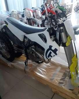 HUSQVARNA FC 350
