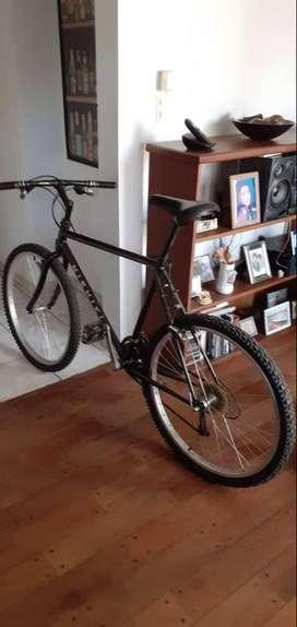 Bicicleta Nishiki manitoba, todo terreono,rodado 26