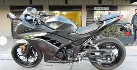 Se vende Moto Ninja 300 Exclente Estado.