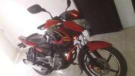 Se vende moto pulsar 135 modelo 2013