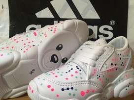Lidas zapatillas para niños