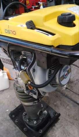 Wacker neuson petrolero BS70
