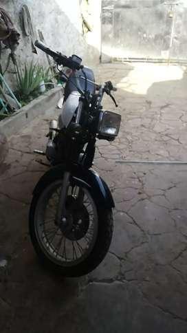 Se vende moto gto 125 en muy buen estado 2500000 traspaso al inmediato sin seguro ni tecnomecanica