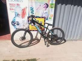 Bicicleta rígida para downHill