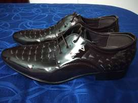Zapatos formal-elegante.