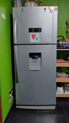 Refrigeradora DAEWOO ELECTRÓNIC