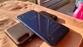 Samsung A10 impecable, con caja y cargador