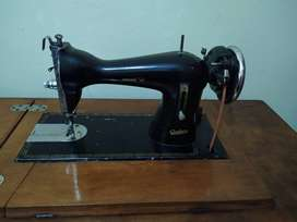 Máquina de coser Godeco a pedal