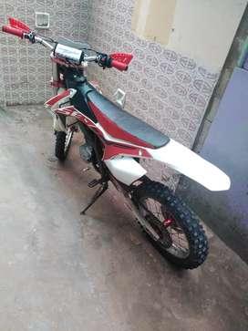 Bosuer h1m1 250cc standar