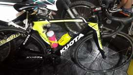 Ruters full carbono impecable