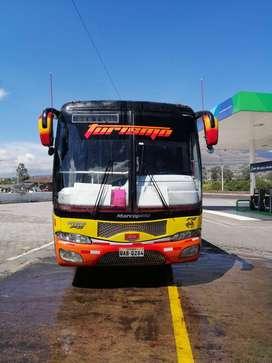 Vendo bus hino fg 2010 con acciones y derechos
