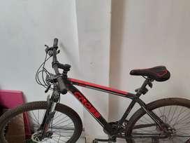 Bicicleta montañera con cambios nueva