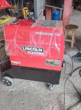 Maquina de Soldar Lincoln Electric