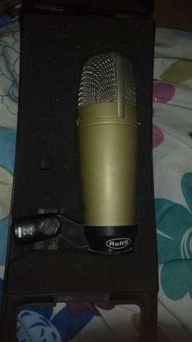 Micrófono condensador behringer C2 y paral