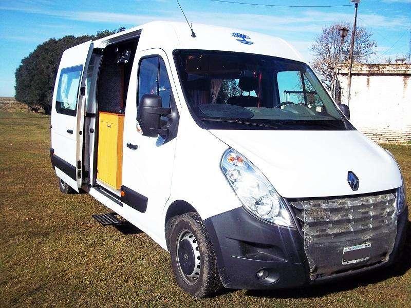 Motorhome Renault Master Larga equipamiento. 0