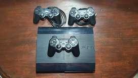 PlayStation 3 + 6 juegos + 3 joystick