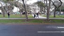 Vendo terreno 256 m2, frente a Pque, x Cdra 9 Av. Ejercito, Miraflores