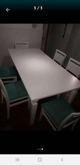 Vendo mesa y seis sillas