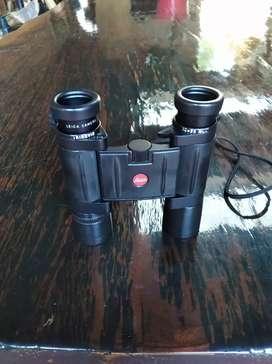 Vendo binocular LEICA  trinovid 10x25