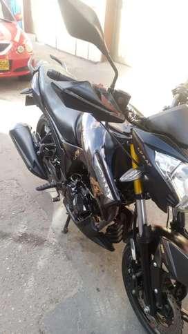 Se vende moto akt cr5 como nueva