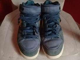 Vendo Zapatilla Nike Botita