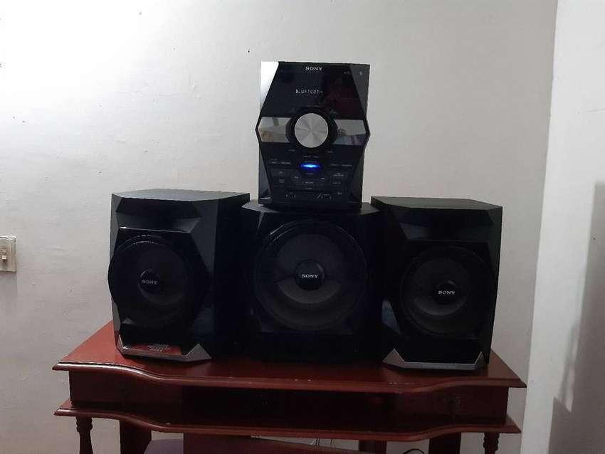Equipo de sonido marca SONY 0
