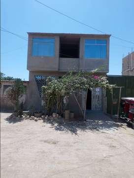 Venta d casa d 2 pisos d 185.5 mtsts frente al mercado los pathos referencia despensa y venezuela