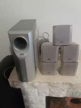 Vendo dvd y home theater JVC