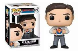 Funko Pop Superman Clark Kent Smallvile
