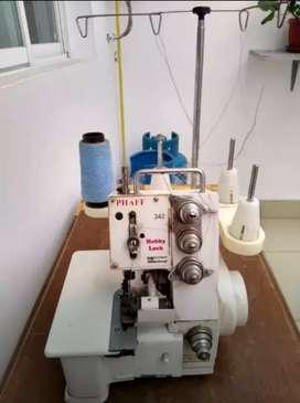 Máquina de coser fileteadora
