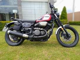 VENDO MOTOCICLETA SCR 950 Bolt