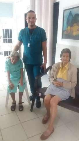 Se cuidan adultos mayores , total experiencia en el manejo de pacientes de la tercera edad
