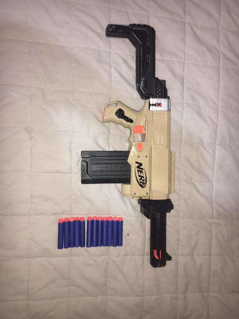 Pistola nerf retaliator pintado y modificado buen estado 0