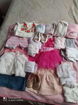 Espectacular paquete de ropa de bebé  de segunda  entre seis y nueve meses de niña