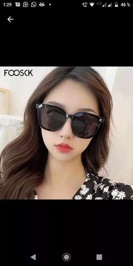 Gafas de sol oscuras mujer con estuche pañuelo limpiador