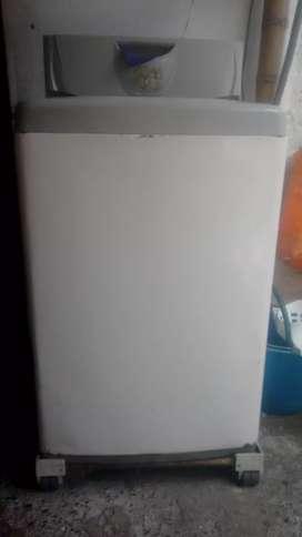 Se vende lavadora step