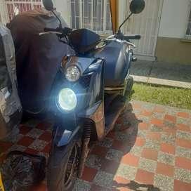 Se vende o se cambia Yamaha bws
