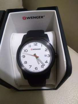 Reloj NUEVO original  WENGER ven o camb