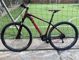 Bicicleta MTB Venzo Rin 29' aluminio súper liviana, frenos hidraulicos Shimano