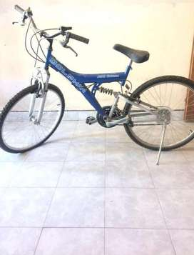 Bicicleta estilo mountain bike