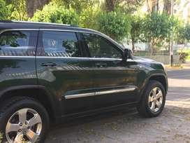 CAMIONETA JEEP GRAND CHEROKEE LAREDO 4X4 (NO AUDI, BMW, KIA, HYUNDAI, VW, TOYOTA, NISSAN, FORD)
