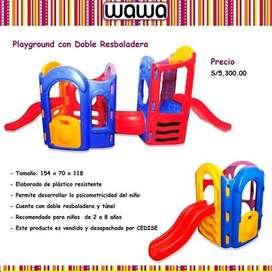 Juego con varias Resbaladeras y escalador para niños.