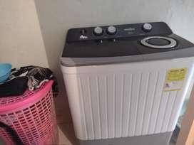 Se vende lavadora semi automática